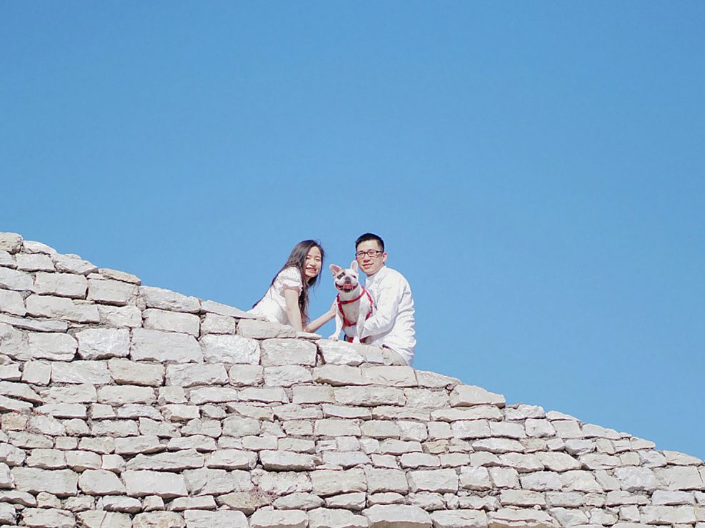 couple and the rocks
